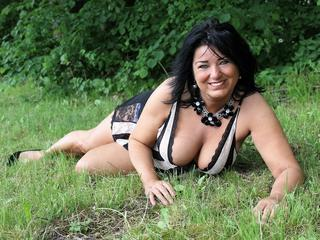 Mabel - mature woman with a beautiful smile