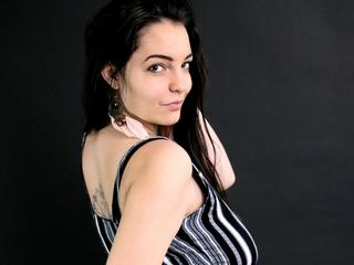 LunarDawn - I`m a cheerful young girl, with diverse sexual needs. Try me! :)