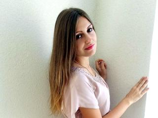 MillaSweet, I want to find a good companion, friend and lover. Please join my cam!