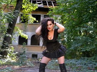 MistressSierra - Best dominatrix - is here to be served!