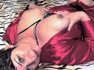 Swinger, Voyeurismus, Sexspielzeug, Oralsex, Schlucken, Gruppensex, Rollenspiele, Outdoor, Fesselspiele, Orgien