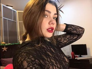 AndreaBartonXX, I am little pretty girl with a very nice appearance!!