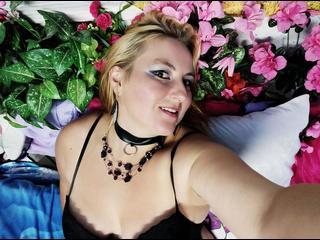 DirtyAstrid - Sehr pervers und bizzare Frau! Keine Taboo!