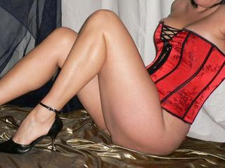 Lady Zora - Live Dates, Dominant, Natursekt, Golden Champagne, Exhibitionismus