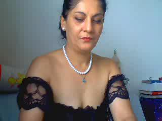 SlutWife4U, I`m alone and bored at home, have you any playful ideas for me? I`m horny, wet and ready to go - but nobody to play with. :) Come and help me - let me take care of you too. ;)