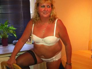Hausfrau XXX