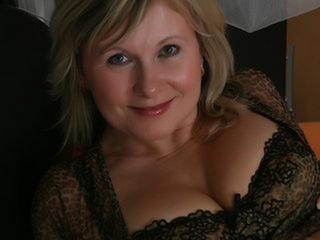 LadyOlivia - Geile Reiterspiele - und viel Sex für Dich.
