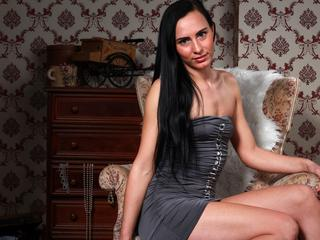 SportyKaira - I like walking with my dogs, sport, dancing and partying. ist meine Leidenschaft