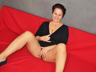 RealWoman - Oralsex, Anal-Sex, Voyeurismus, Sexspielzeug, Spanking, Exhibitionismus, Piercing