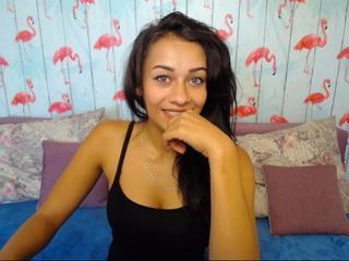 AriellaaBlack - Anal Sex, private Livecam, Parkplatz Sex, Webcam mit Chat, Schlucken