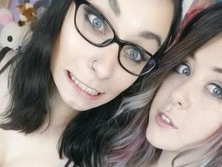 FaLesbian - Online chat`s , music , good people`s , our life - Hello! We are two young girls who want to give you really lesbian sex. We are bi , that because we like men's too. So come to us.