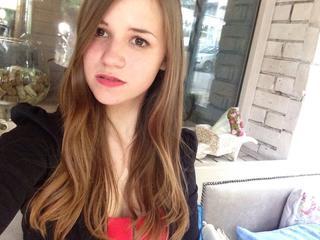 AdriannaaDay