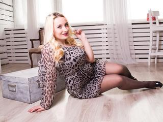 hotbedgirl - Mein wichtigstes Hobby: Sex & Spaß - In meiner Show werden Sie viel Freude und Spaß bekommen! Wer kann einer so tollen Blondine schon widerstehen??