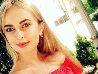 ShaylaTorn -   smile and feel good everyday