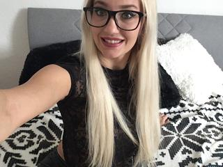 Cathy95 - fitness, shoppen, party.....sex?