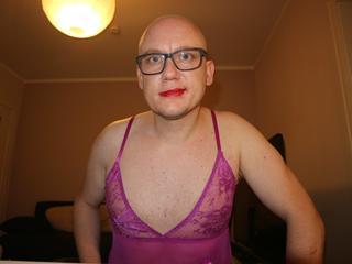 DennisKink - Basketball, Party, Freunde treffen - Kinky Sissy for your pleasure...   Bin ein versauter Bi boy, eine versaute Sissy!    Tabulos!!!