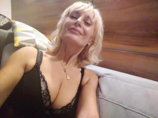 DixieSuttonLux - Listen to your heart. It knows all things.  - livestrip,analsex,amateurcam